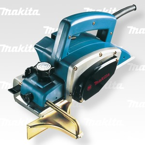 N1923B - Makita Hoblík 82mm,550W